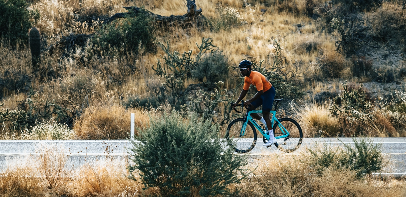 A cyclist trains in the Endurance Zone to build aerobic fitnes